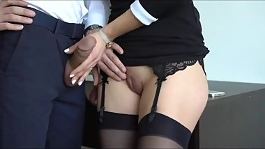 Naughty american secretary pleasing her boss for the money