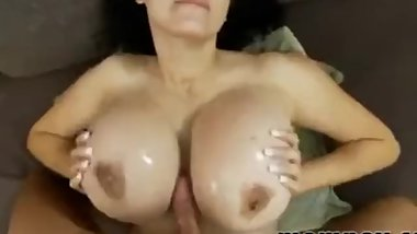 Mom with huge tits gets used