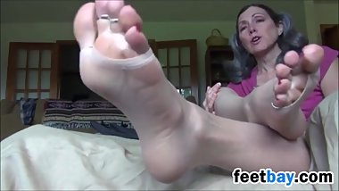 Mature Feet Tease Compilation (Comp King)