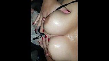 Sexy white girl gets her wet pussy fingered!